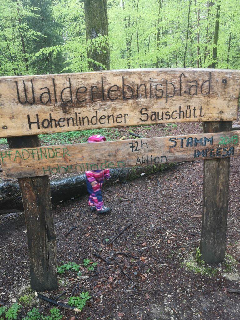 Walderlebnispfad im Hohenlindener Sauschütt