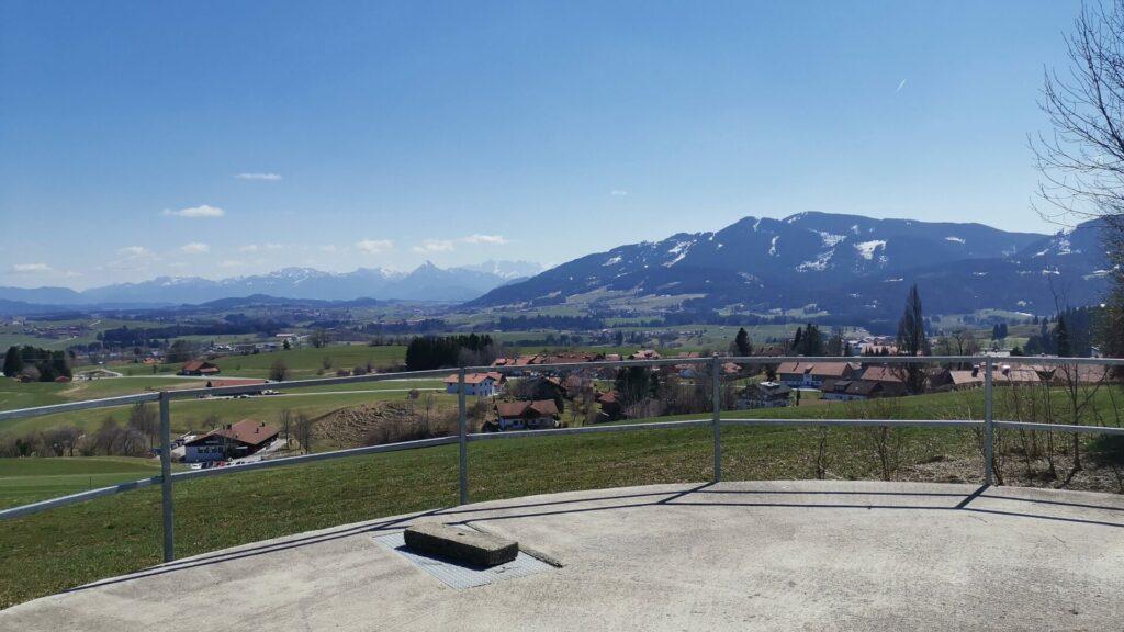 Ausblick vom Panoramaweg in Richtung Mittelberg