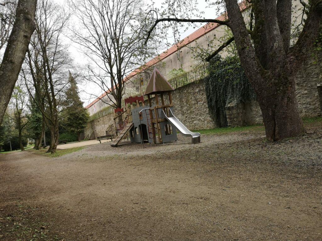 """Spielplatz """"Am Bergergraben"""""""