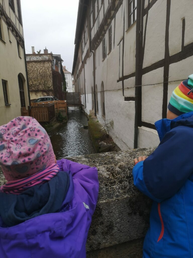 Kleiner Bach in der Nördlinger Innenstadt