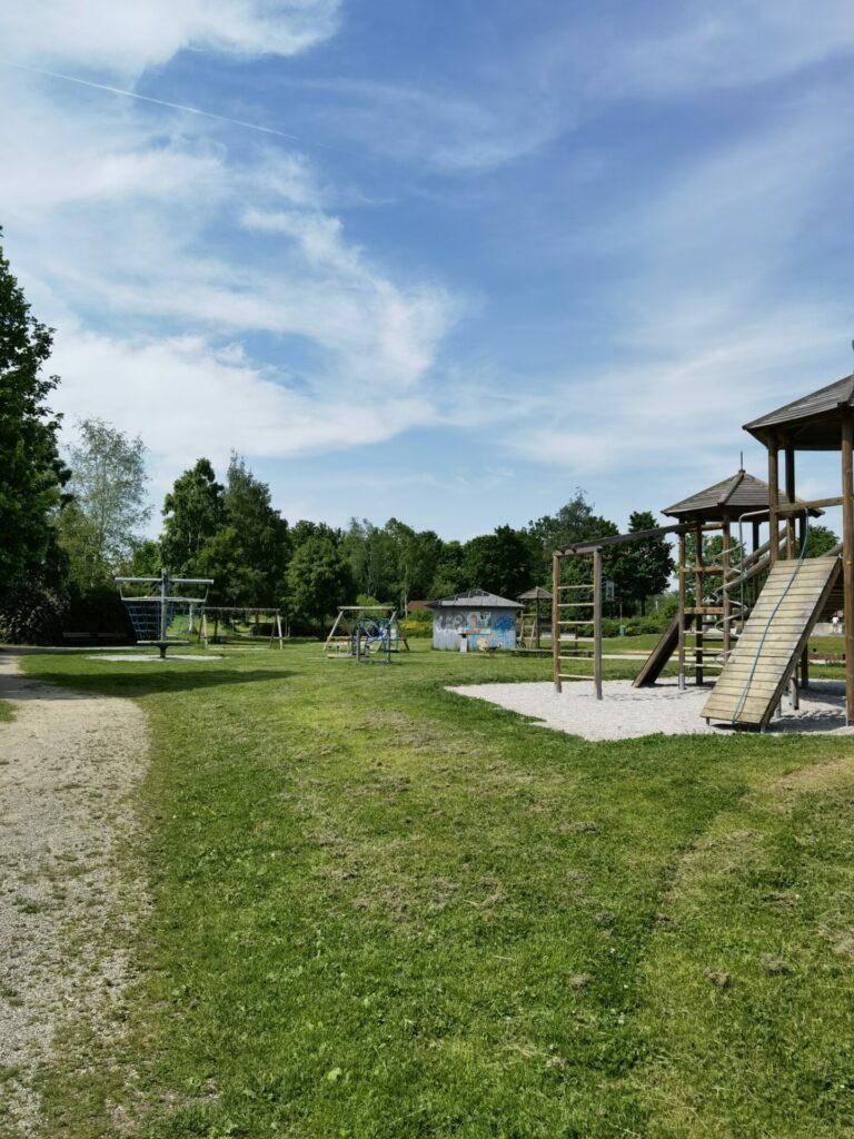 Überblick Spielplatz - Ostpark in Bad Wörishofen